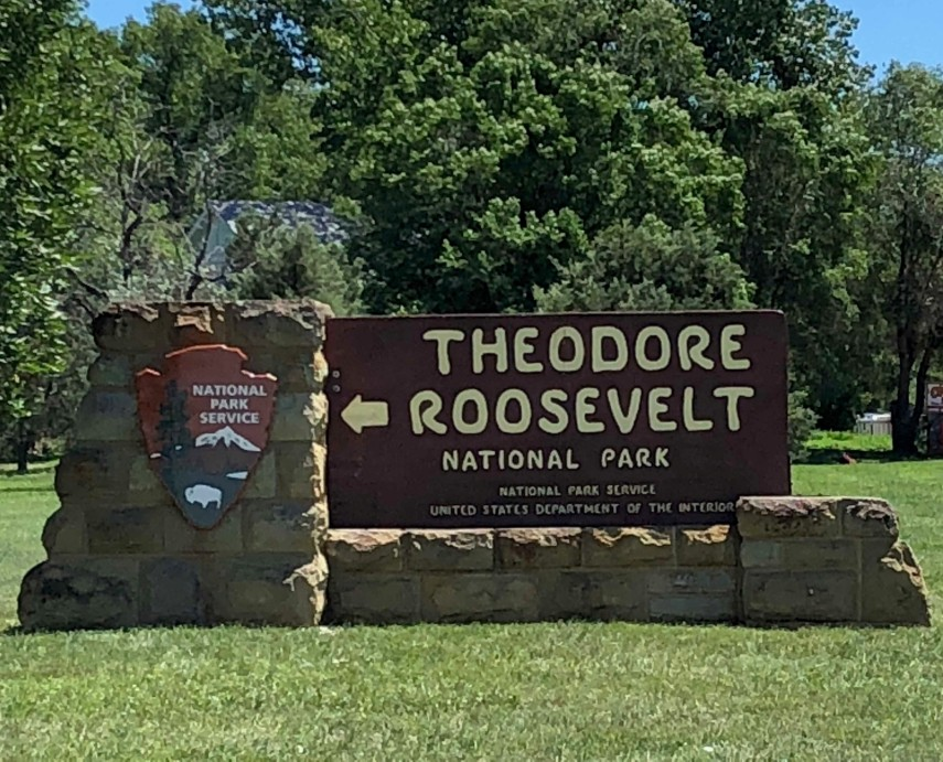 TR nationl park sign